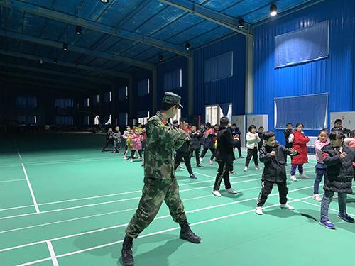 西安青少年团建训练,强健体魄锻炼孩子的意志、独立性与团队!